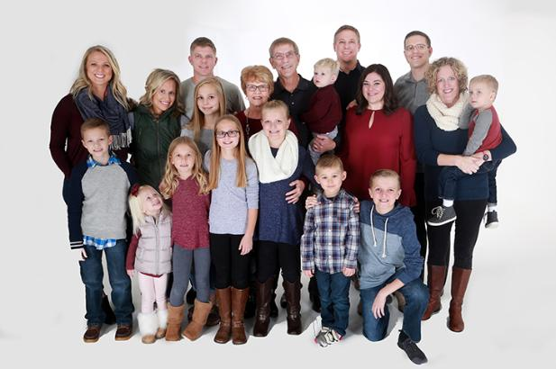 Family Picture taken at M.J.B. Photography Studio in Omaha
