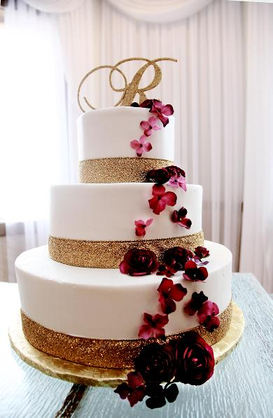professional photograph of a wedding cake by M.J.B. Photography